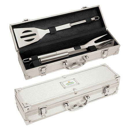 grilling set with case