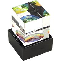 Desk-globe-cube