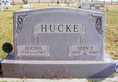 ROLAND HUCKE, BERTHA - Box Butte County, Nebraska | BERTHA ROLAND HUCKE - Nebraska Gravestone Photos