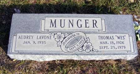 "MUNGER, THOMAS ""WES"" - Box Butte County, Nebraska | THOMAS ""WES"" MUNGER - Nebraska Gravestone Photos"