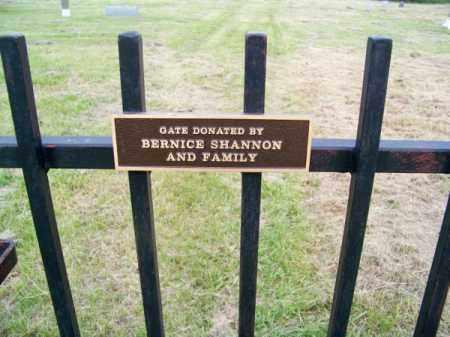*GRAND PRAIRIE CEMETERY, GATE - Brown County, Nebraska | GATE *GRAND PRAIRIE CEMETERY - Nebraska Gravestone Photos