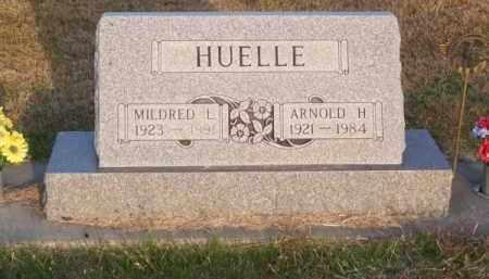 HUELLE, MILDRED L. - Brown County, Nebraska | MILDRED L. HUELLE - Nebraska Gravestone Photos