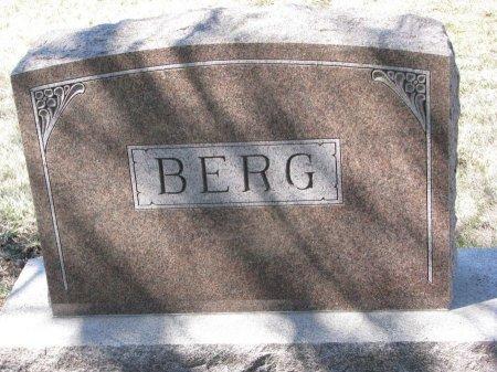 BERG, *FAMILY MONUMENT - Burt County, Nebraska   *FAMILY MONUMENT BERG - Nebraska Gravestone Photos