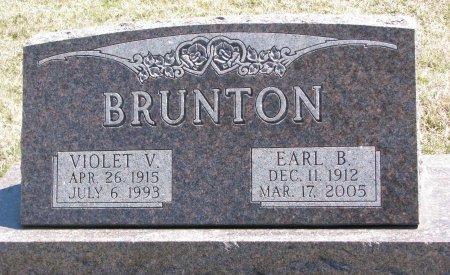 BRUNTON, VIOLET V. - Burt County, Nebraska | VIOLET V. BRUNTON - Nebraska Gravestone Photos