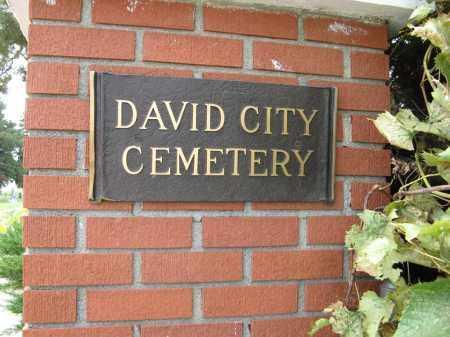 *DAVID CITY CEMETERY, ENTRANCE SIGN - Butler County, Nebraska | ENTRANCE SIGN *DAVID CITY CEMETERY - Nebraska Gravestone Photos