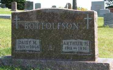 BOTTOLFSON, DAISY M. - Cedar County, Nebraska | DAISY M. BOTTOLFSON - Nebraska Gravestone Photos