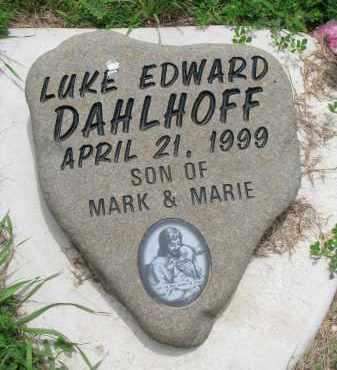 DAHLHOFF, LUKE EDWARD - Cedar County, Nebraska | LUKE EDWARD DAHLHOFF - Nebraska Gravestone Photos