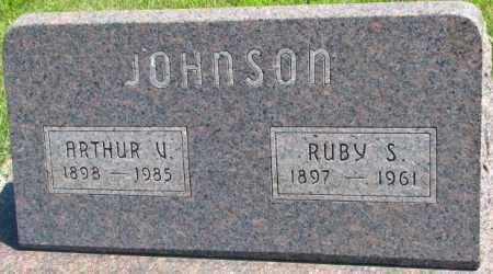JOHNSON, ARTHUR V. - Cedar County, Nebraska | ARTHUR V. JOHNSON - Nebraska Gravestone Photos