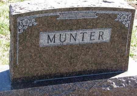 MUNTER, FAMILY STONE - Cedar County, Nebraska   FAMILY STONE MUNTER - Nebraska Gravestone Photos
