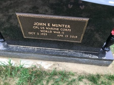 MUNTER, JOHN E. (MILITARY) - Cedar County, Nebraska   JOHN E. (MILITARY) MUNTER - Nebraska Gravestone Photos