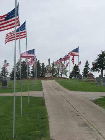 *RANDOLPH, AVENUE OF FLAGS - Cedar County, Nebraska | AVENUE OF FLAGS *RANDOLPH - Nebraska Gravestone Photos