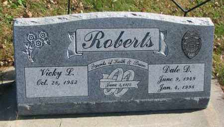 ROBERTS, DALE D. - Cedar County, Nebraska   DALE D. ROBERTS - Nebraska Gravestone Photos