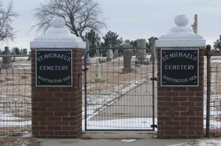 **ST. MICHAEL'S - HARTINGTON, NORTH GATE - Cedar County, Nebraska | NORTH GATE **ST. MICHAEL'S - HARTINGTON - Nebraska Gravestone Photos