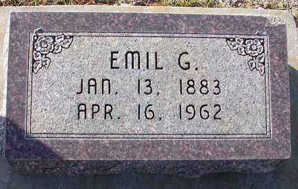 MOLZAHN, EMIL GOTTLIEB - Chase County, Nebraska | EMIL GOTTLIEB MOLZAHN - Nebraska Gravestone Photos