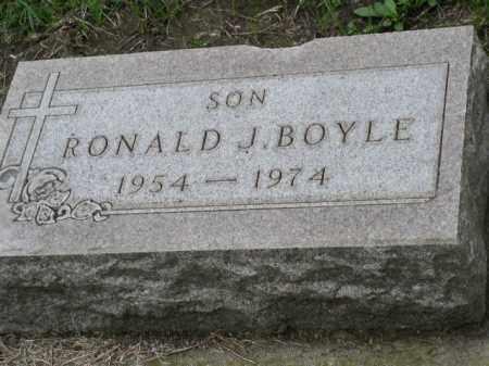 BOYLE, RONALD J. - Dakota County, Nebraska   RONALD J. BOYLE - Nebraska Gravestone Photos