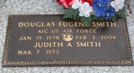 SMITH, DOUGLAS EUGENE - Dakota County, Nebraska   DOUGLAS EUGENE SMITH - Nebraska Gravestone Photos