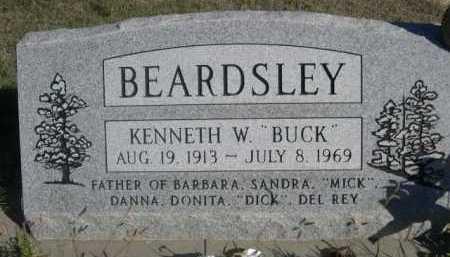"""BEARDSLEY, KENNETH W. """"BUCK"""" - Dawes County, Nebraska   KENNETH W. """"BUCK"""" BEARDSLEY - Nebraska Gravestone Photos"""