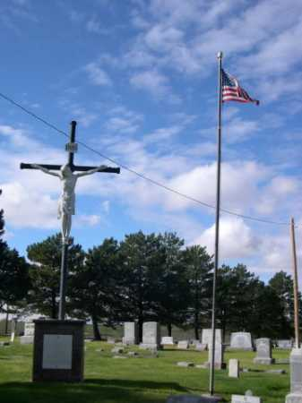 *CALVARY CEMETERY, STATUE OF CHRIST ON THE CROSS - Dawes County, Nebraska | STATUE OF CHRIST ON THE CROSS *CALVARY CEMETERY - Nebraska Gravestone Photos