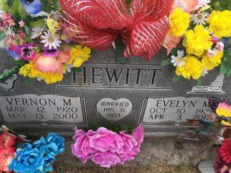 HEWITT, EVELYN M. - Dawes County, Nebraska   EVELYN M. HEWITT - Nebraska Gravestone Photos