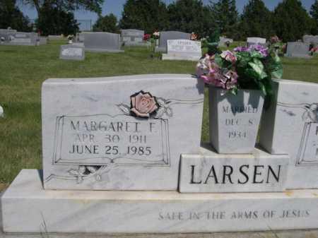 LARSEN, MARGARET F. - Dawes County, Nebraska | MARGARET F. LARSEN - Nebraska Gravestone Photos