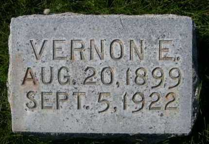 MCMEEKIN, VERNON E. - Dawes County, Nebraska | VERNON E. MCMEEKIN - Nebraska Gravestone Photos