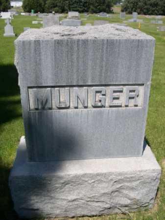 MUNGER, FAMILY - Dawes County, Nebraska   FAMILY MUNGER - Nebraska Gravestone Photos