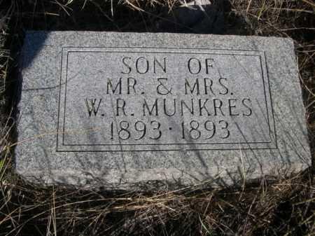 MUNKRES, SON OF MR. & MRS. W.R. - Dawes County, Nebraska | SON OF MR. & MRS. W.R. MUNKRES - Nebraska Gravestone Photos