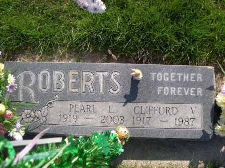 ROBERTS, CLIFFORD V. - Dawes County, Nebraska | CLIFFORD V. ROBERTS - Nebraska Gravestone Photos