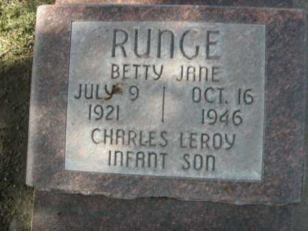 RUNGE, CHARLES LEROY - INFANT SON - Dawes County, Nebraska | CHARLES LEROY - INFANT SON RUNGE - Nebraska Gravestone Photos