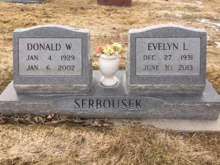 SERBOUSEK, EVELYN L. - Dawes County, Nebraska | EVELYN L. SERBOUSEK - Nebraska Gravestone Photos