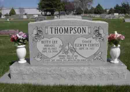 RHOADS THOMPSON, BETTY LEE - Dawes County, Nebraska | BETTY LEE RHOADS THOMPSON - Nebraska Gravestone Photos