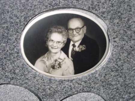 WILD, FRED B. - Dawes County, Nebraska   FRED B. WILD - Nebraska Gravestone Photos