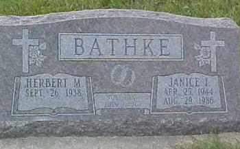 BATHKE, JANICE I. - Dixon County, Nebraska | JANICE I. BATHKE - Nebraska Gravestone Photos