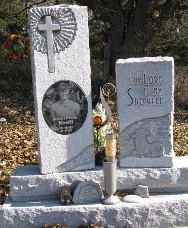 KNEIFL, JUSTIN PHILIP - Dixon County, Nebraska | JUSTIN PHILIP KNEIFL - Nebraska Gravestone Photos