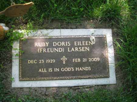 FREUND LARSEN, RUBY DORIS EILEEN - Dodge County, Nebraska | RUBY DORIS EILEEN FREUND LARSEN - Nebraska Gravestone Photos