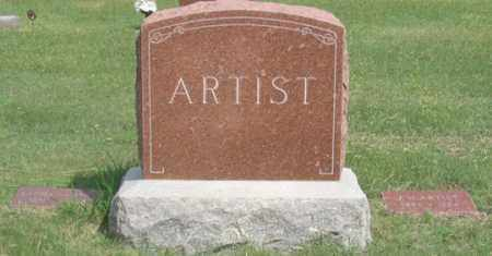 ARTIST, JACOB W. FAMILY GRAVE SITE - Dundy County, Nebraska | JACOB W. FAMILY GRAVE SITE ARTIST - Nebraska Gravestone Photos