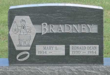 BRADNEY, RONALD DEAN - Dundy County, Nebraska | RONALD DEAN BRADNEY - Nebraska Gravestone Photos