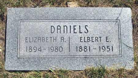 DANIELS, ELBERT E. - Dundy County, Nebraska | ELBERT E. DANIELS - Nebraska Gravestone Photos