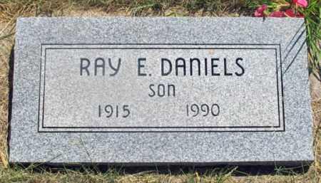 DANIELS, RAY EDWARD - Dundy County, Nebraska | RAY EDWARD DANIELS - Nebraska Gravestone Photos