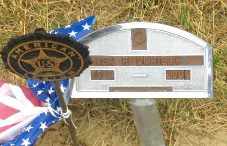 DANIELS, REX H. - Dundy County, Nebraska | REX H. DANIELS - Nebraska Gravestone Photos