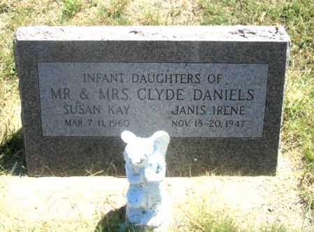 DANIELS, JANIS IRENE - Dundy County, Nebraska | JANIS IRENE DANIELS - Nebraska Gravestone Photos
