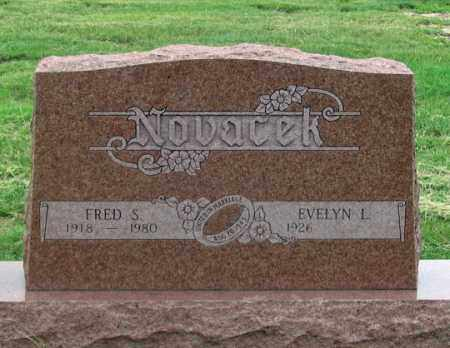 NOVACEK, EVELYN L. - Dundy County, Nebraska | EVELYN L. NOVACEK - Nebraska Gravestone Photos