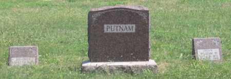 PUTNAM, WILLIAM FAMILY GRAVE SITE - Dundy County, Nebraska | WILLIAM FAMILY GRAVE SITE PUTNAM - Nebraska Gravestone Photos