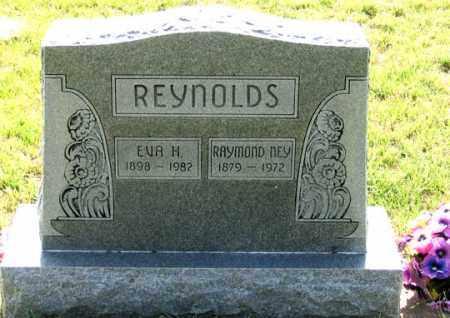 REYNOLDS, RAYMOND NEY - Dundy County, Nebraska | RAYMOND NEY REYNOLDS - Nebraska Gravestone Photos