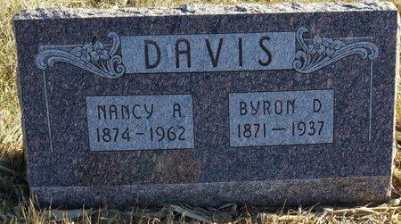 DAVIS, BYRON D - Fillmore County, Nebraska | BYRON D DAVIS - Nebraska Gravestone Photos