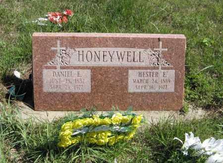 HONEYWELL, HESTER E. - Holt County, Nebraska   HESTER E. HONEYWELL - Nebraska Gravestone Photos