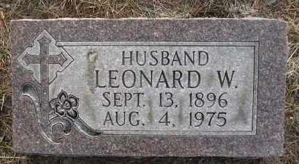 ULLRICH, LEONARD W - Holt County, Nebraska   LEONARD W ULLRICH - Nebraska Gravestone Photos