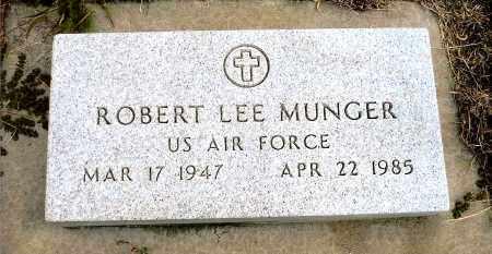 MUNGER, ROBERT L. - Keya Paha County, Nebraska | ROBERT L. MUNGER - Nebraska Gravestone Photos
