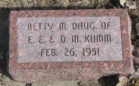 KUMM, BETTY M. - Knox County, Nebraska | BETTY M. KUMM - Nebraska Gravestone Photos