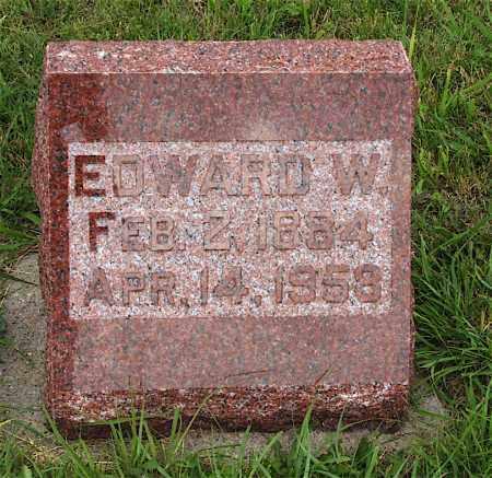 LARSON, EDWARD W. - Lincoln County, Nebraska   EDWARD W. LARSON - Nebraska Gravestone Photos